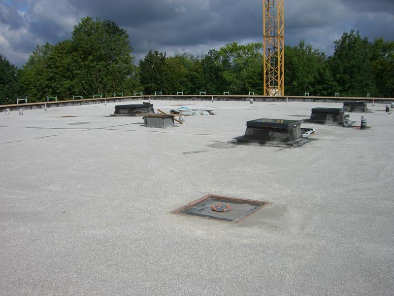 42_Beurteilung-eines-Leichtestrichs-auf-einem-Flachdach-in-Günzburg-